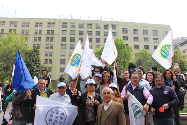 Con masiva presencia de ANDIME funcionarios públicos de todo el país realizan protesta nacional por reajuste del sector