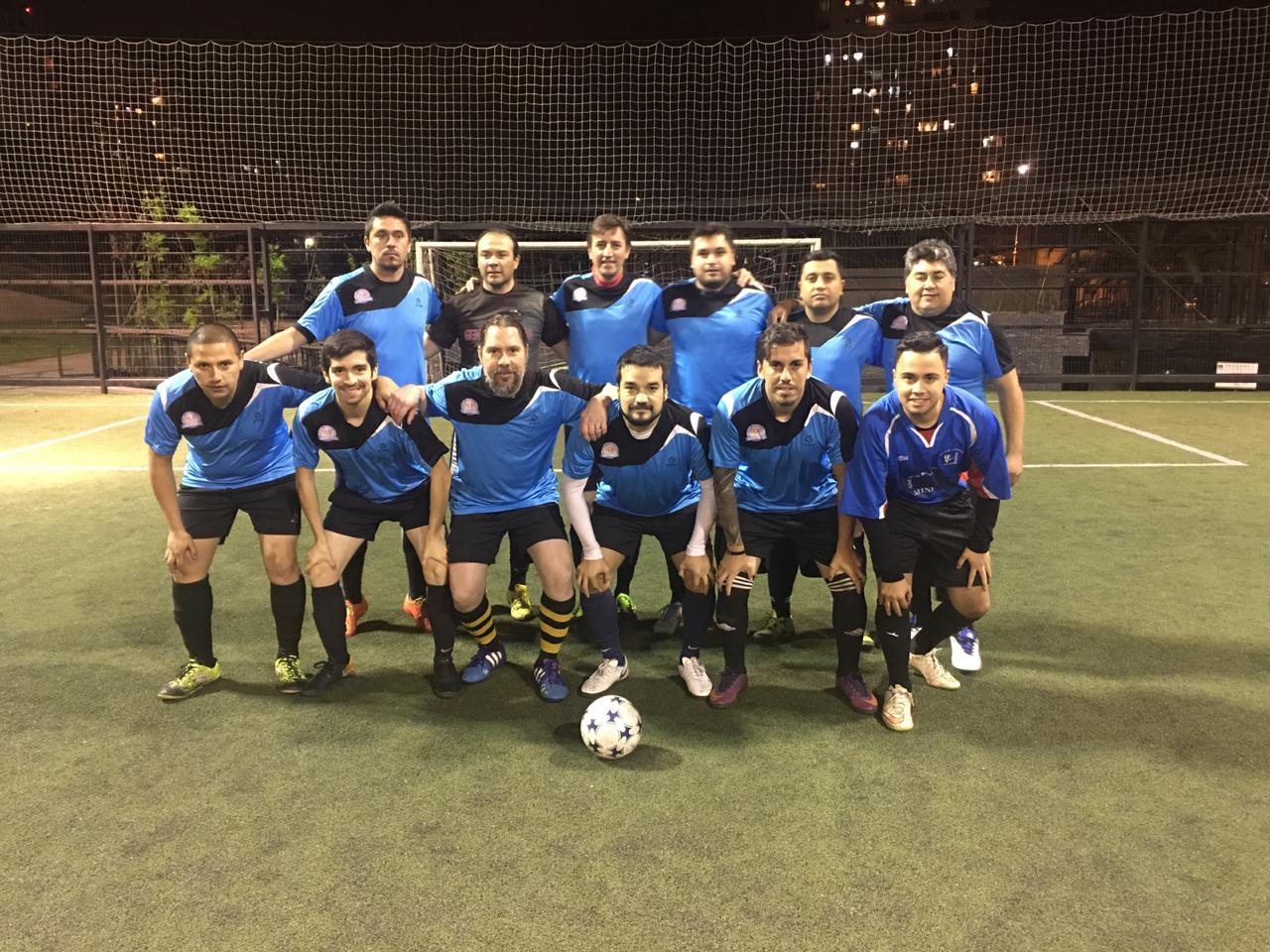 Equipo de futbolito de ANDIME en carrera por título de torneo de servicios de Educación