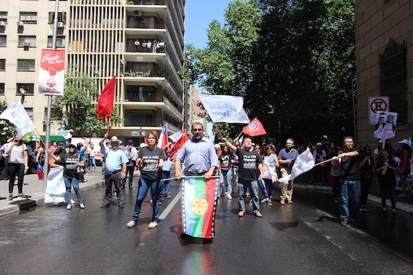 Con presencia activa de ANDIME trabajadores públicos se movilizan en todo el país con severa represión policial en Plaza de la Constitución de Santiago